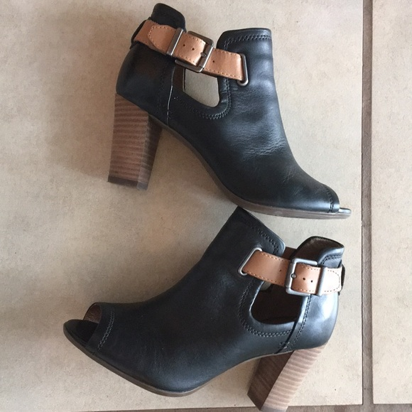 31025743469ac Clarks Shoes | Artisan Shira Nicole Open Toe Booties Sz 7 | Poshmark